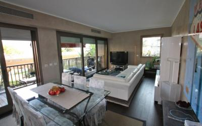 Golden Square - nice two roomed apartment