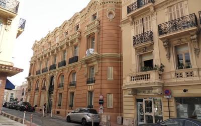 Les Dômes - Rue des Lilas