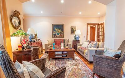Large and comfortable 3-bedroom apartment