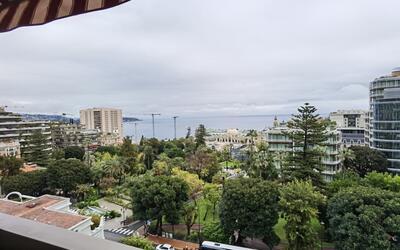 Stunning apartment - Overlooking the Casino Gardens