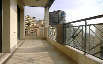 Entre le port et la nouvelle gare - Très bel appartement contemporain