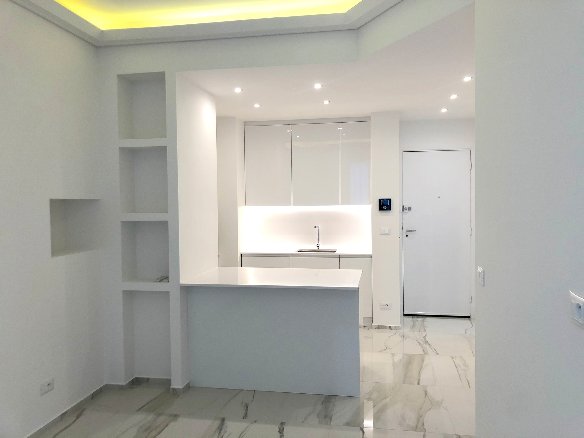 Lovely 1 bedroom refurbished apartment - Offices for sale in Monaco