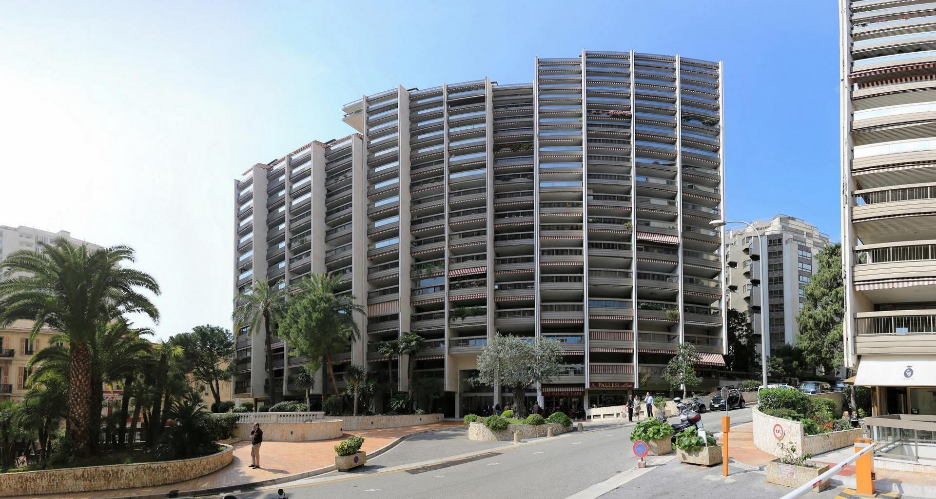 FONDS DE COMMERCE : COIFFEUR - Bureaux à vendre à Monaco