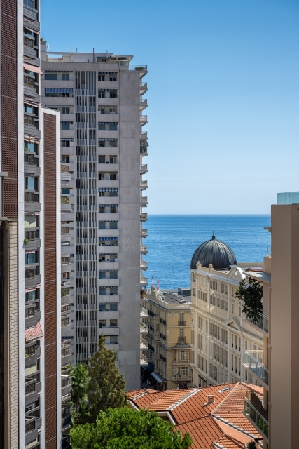 Carré d'Or : 3 Bedroom apartment for sale - Offices for sale