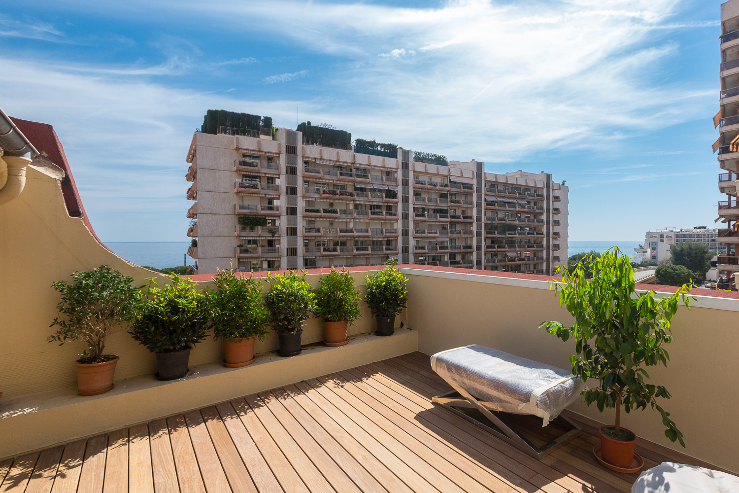 Independent house between the Larvotto beaches and the Casino - Offices for sale in Monaco