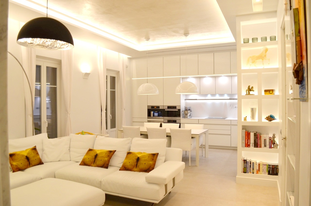 Condamine 4 room renovated apartment - Offices for sale in Monaco