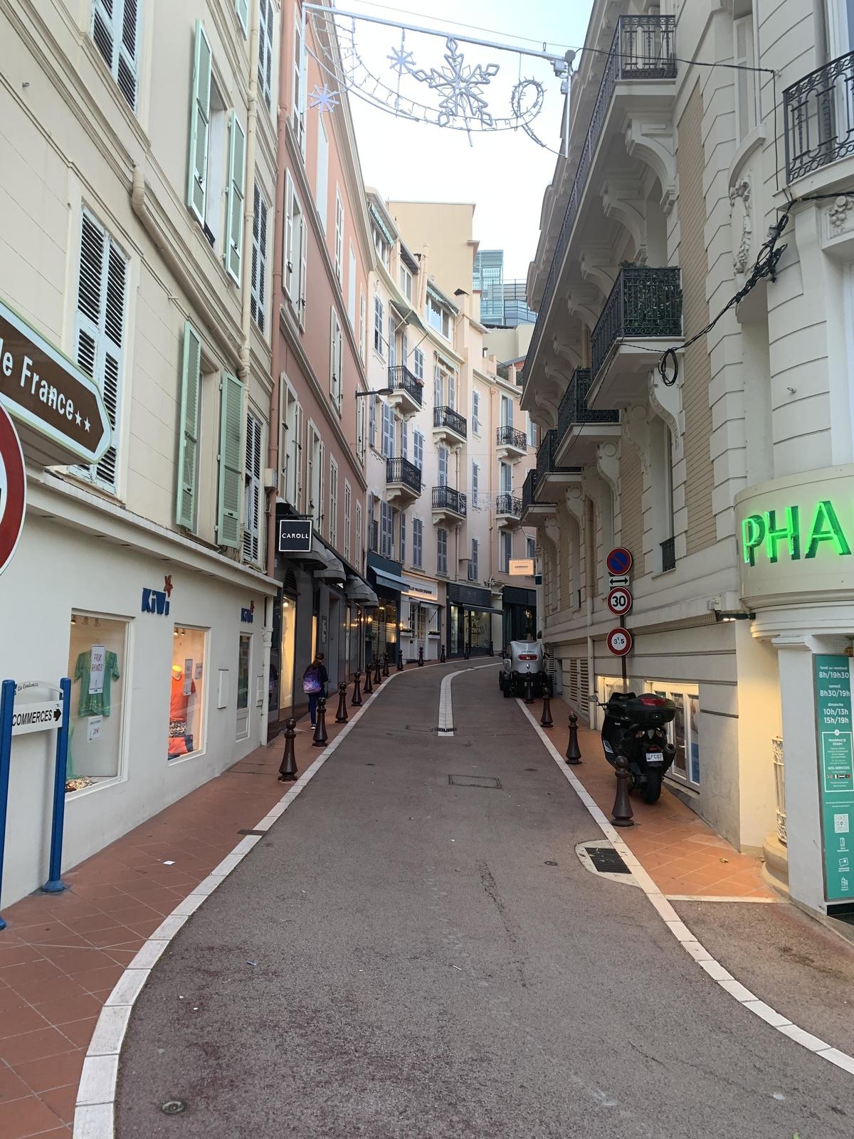 Cession de droit au bail à la Condamine - Bureaux à vendre à Monaco