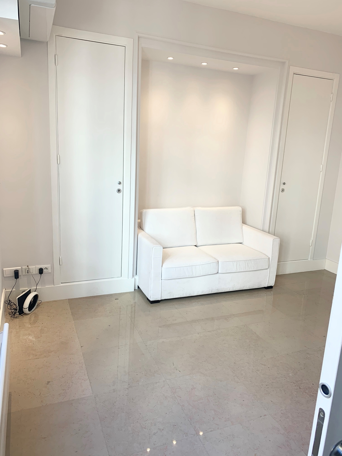 Beautiful one bedroom apartment entirely renovated - Uffici in vendita a MonteCarlo