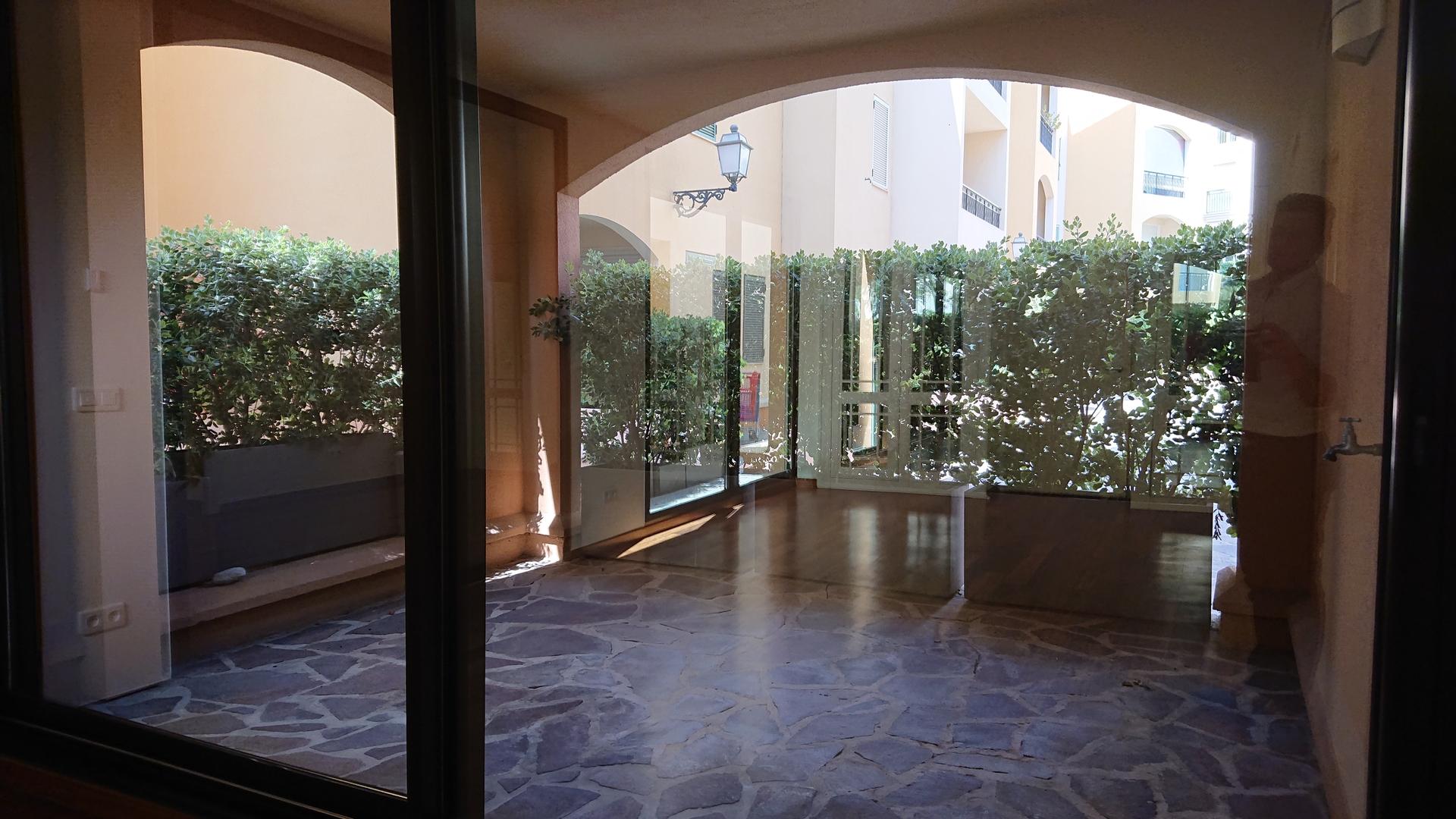 MONACO FONTVIEILLE DONATELLO 2 PIÈCES 59 m² MIXTE CAVE - Bureaux à vendre à Monaco