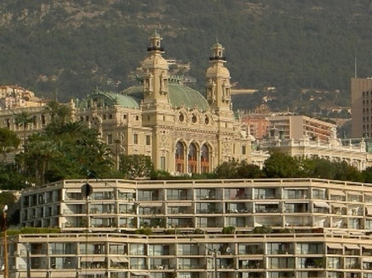 MONACO CARRE D'OR MONTE CARLO STAR PISCINE COUVERTE - Bureaux à vendre à Monaco