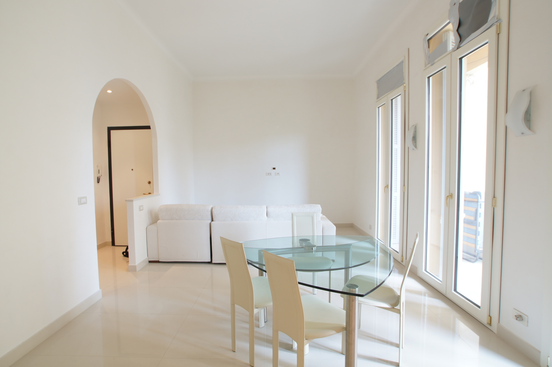 Spacious One Bedroom flat , next to Golden Square - Offices for sale in Monaco