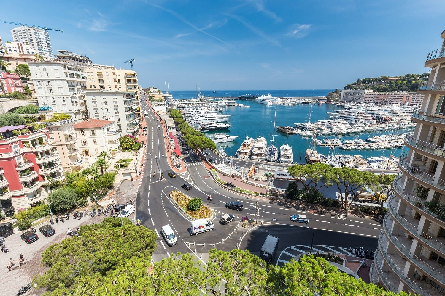 12+ ROOMS, DELUXE 6+ BEDROOMS - Offices for sale in Monaco