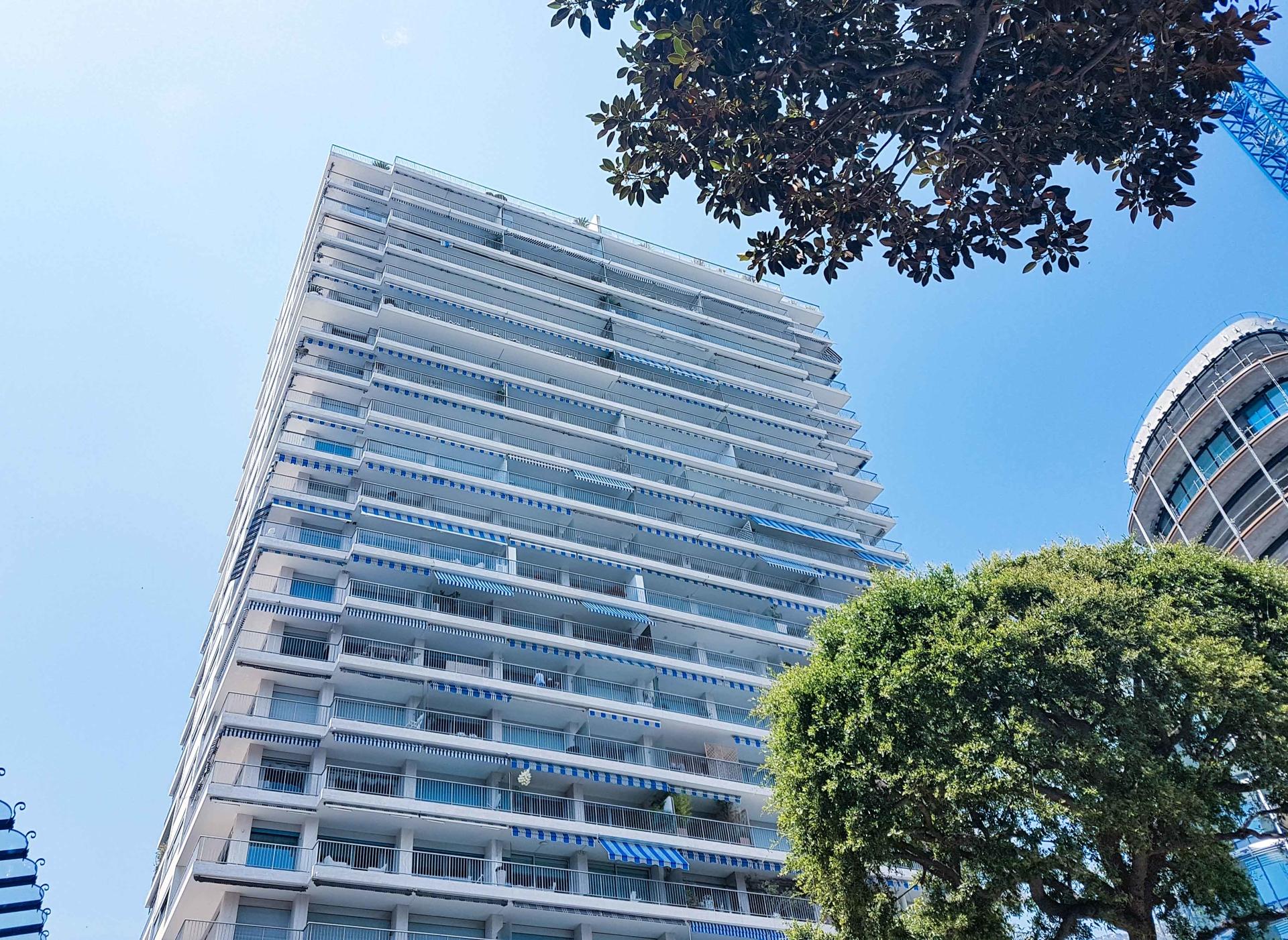 Affitti parking in the sun tower monaco monte carlo for Garage millo nice