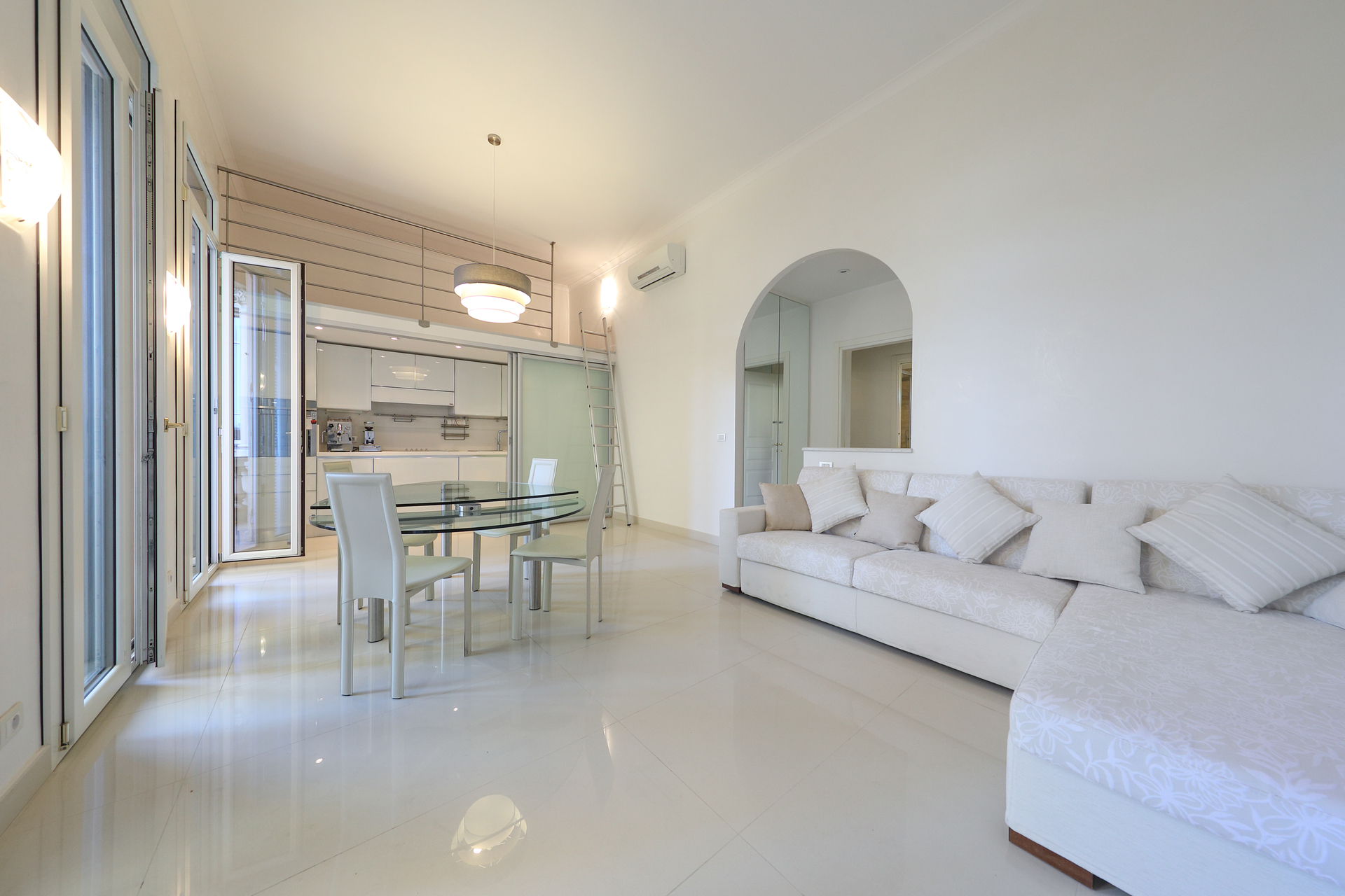 OFFICE / 1-BEDROOM MONTE-CARLO - Offices for sale in Monaco