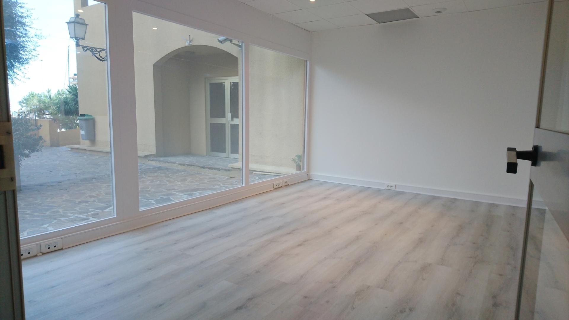 bureaux a vendre quartier de fontvieille bureaux vendre monaco. Black Bedroom Furniture Sets. Home Design Ideas