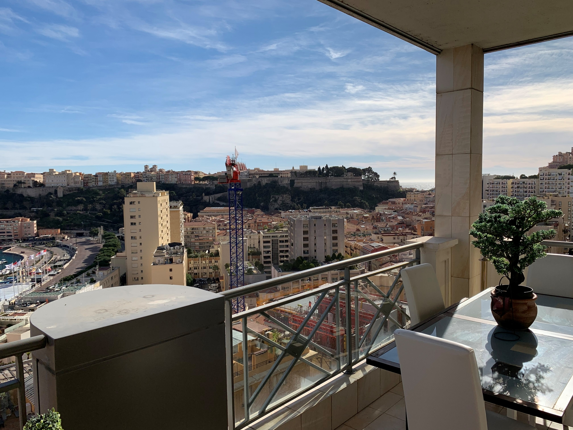 Rare 3-4-room flat with Sea, Port and Rock views - Offices for sale in Monaco