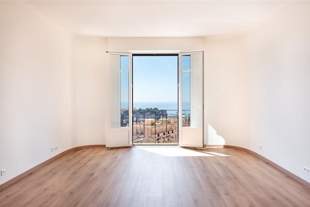 3 Pieces rénovés avec belle vue mer - Bureaux à vendre à Monaco