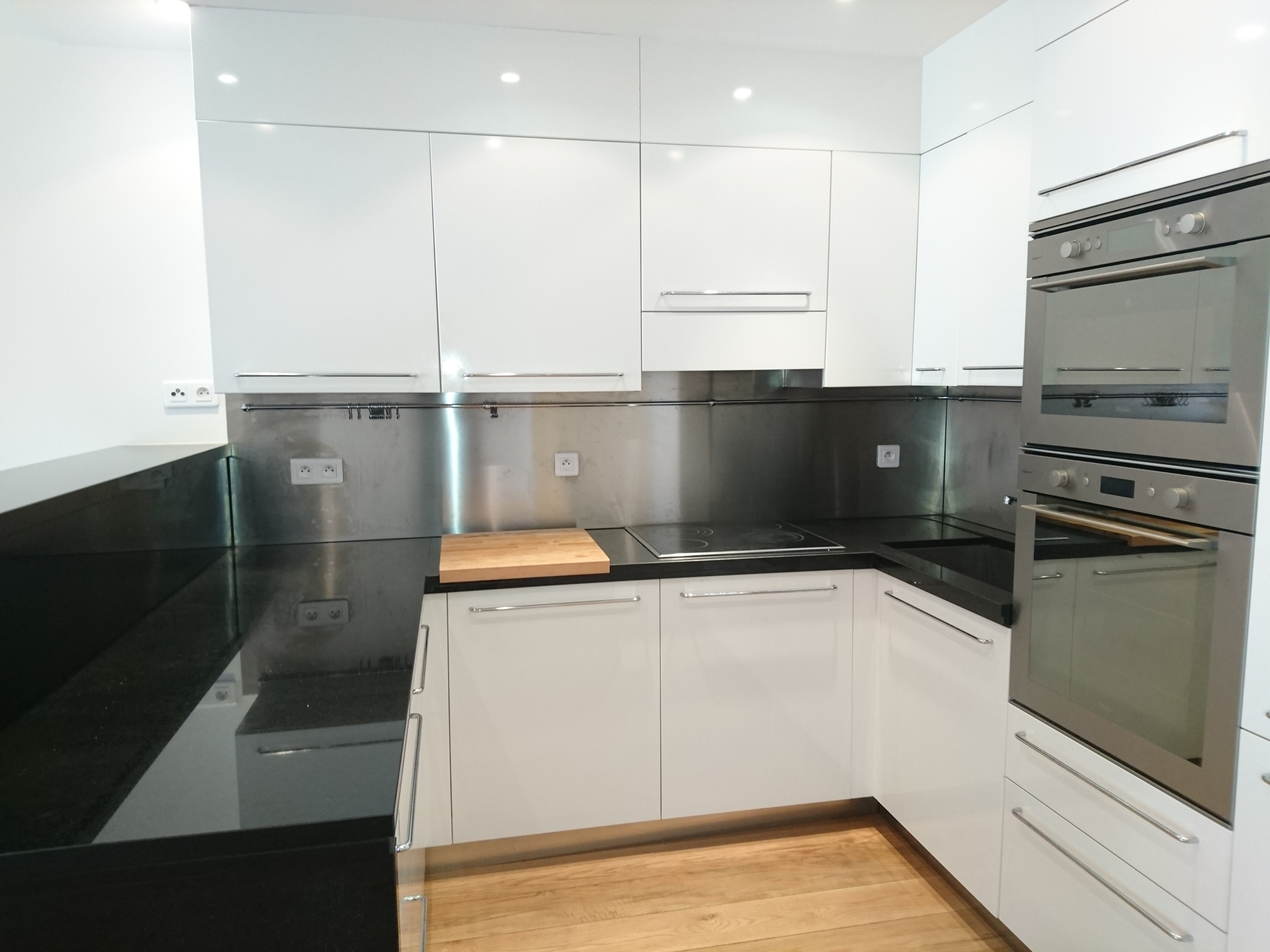 Affitti fontvieille studio nell 39 condominio le mantegna - Cacher cuisine ouverte ...