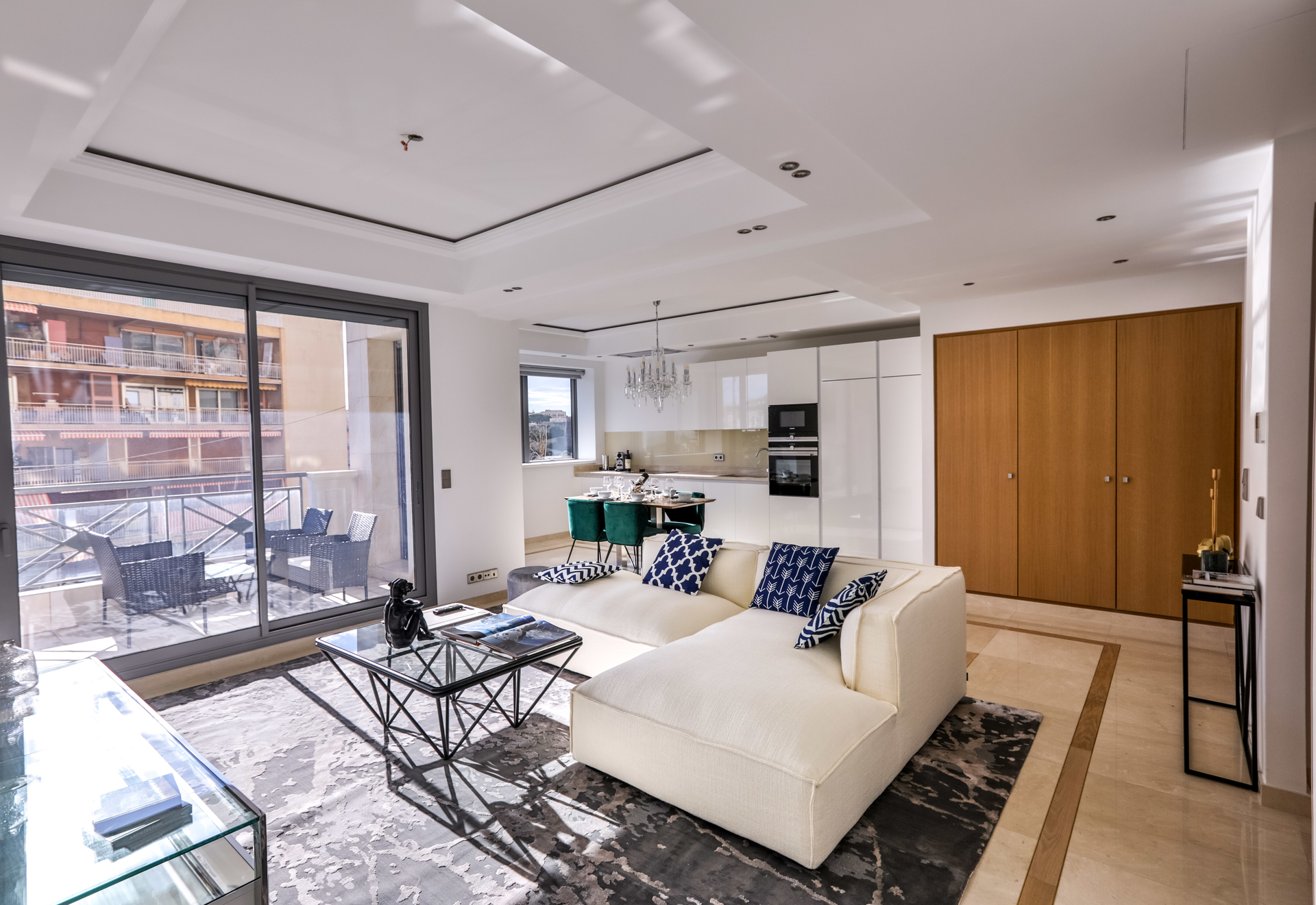 RENOVATED LUXURY 2 BEDROOMS - Offices for sale in Monaco